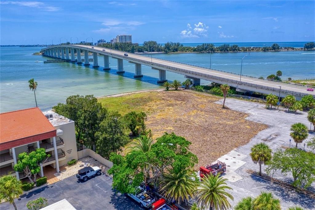 551 Gulf Boulevard Property Photo 28