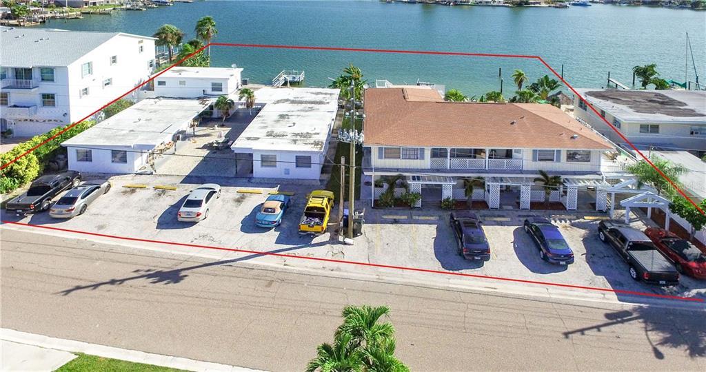 14231 N Bayshore Drive Property Photo 1