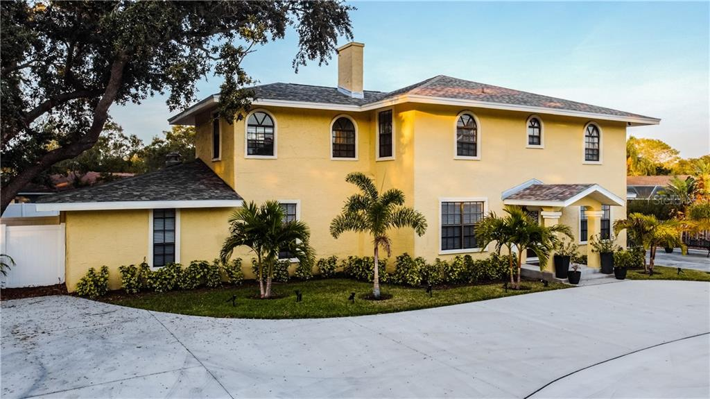 1679 Tampa Road Property Photo 1