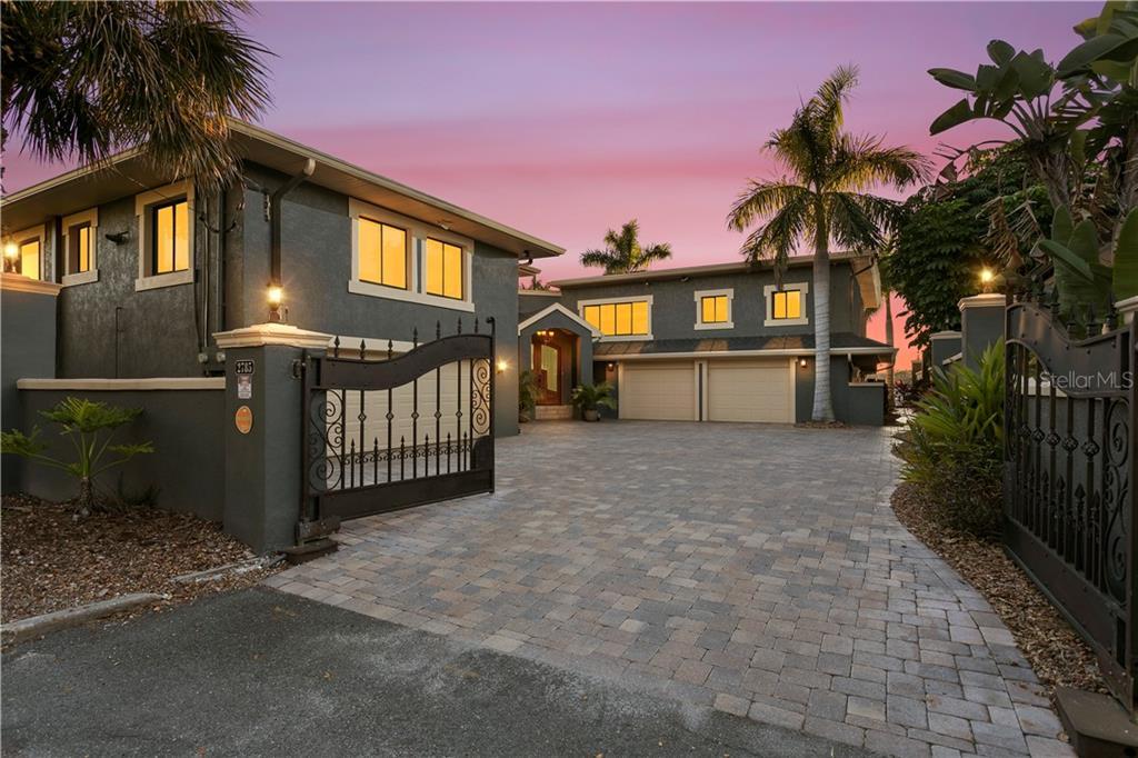 2785 Bayside Drive Property Photo 1