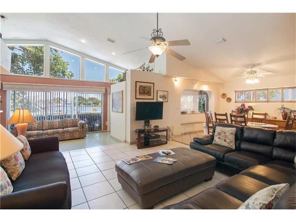 279 104th Avenue Property Photo 7