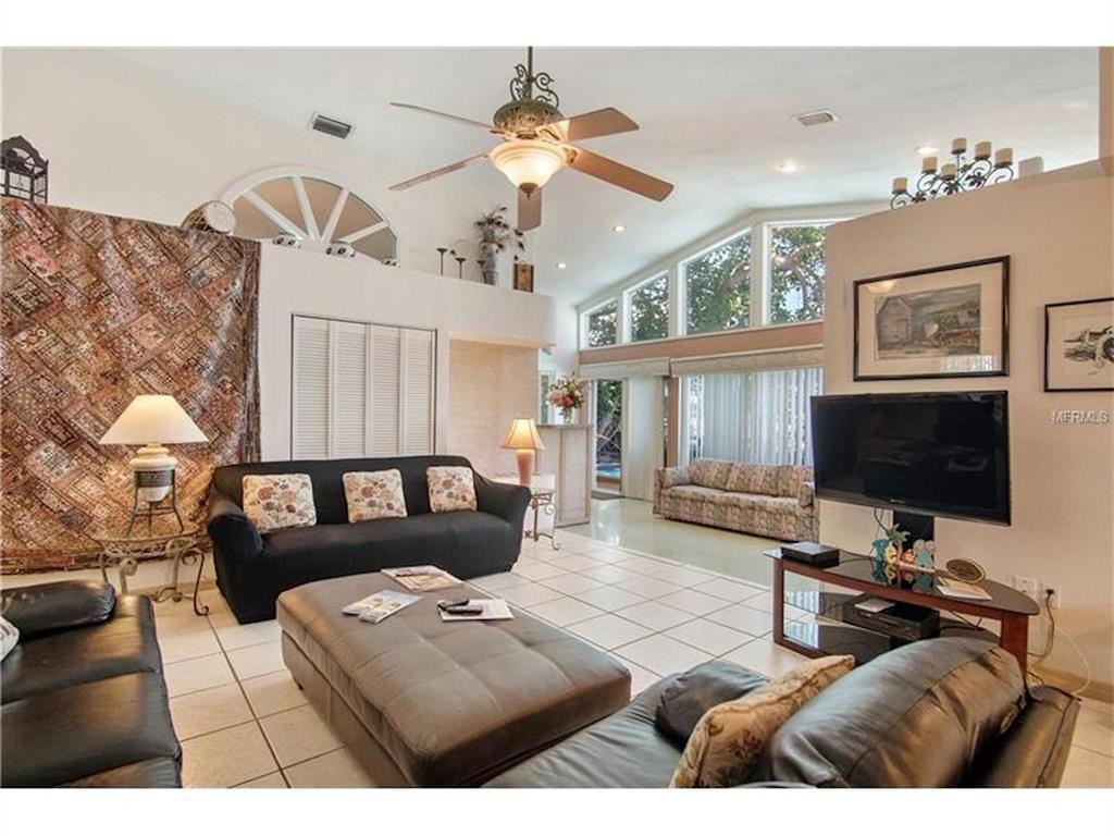 279 104th Avenue Property Photo 8
