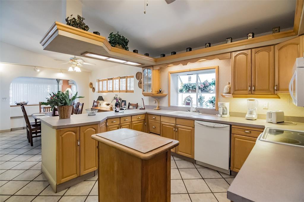 279 104th Avenue Property Photo 13