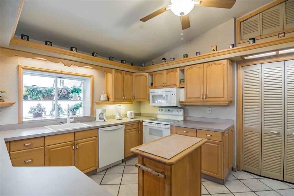 279 104th Avenue Property Photo 14