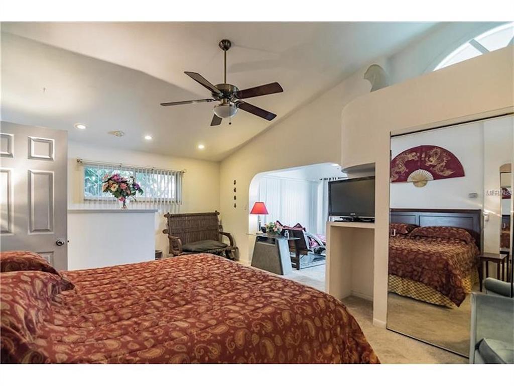 279 104th Avenue Property Photo 16