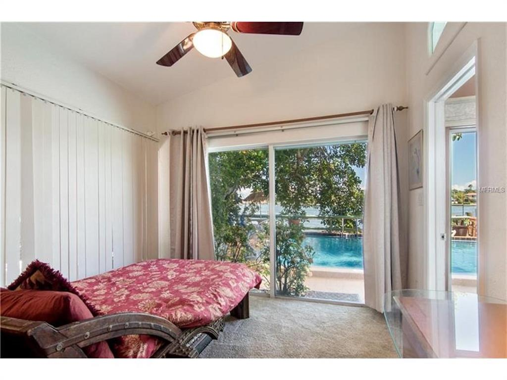 279 104th Avenue Property Photo 22