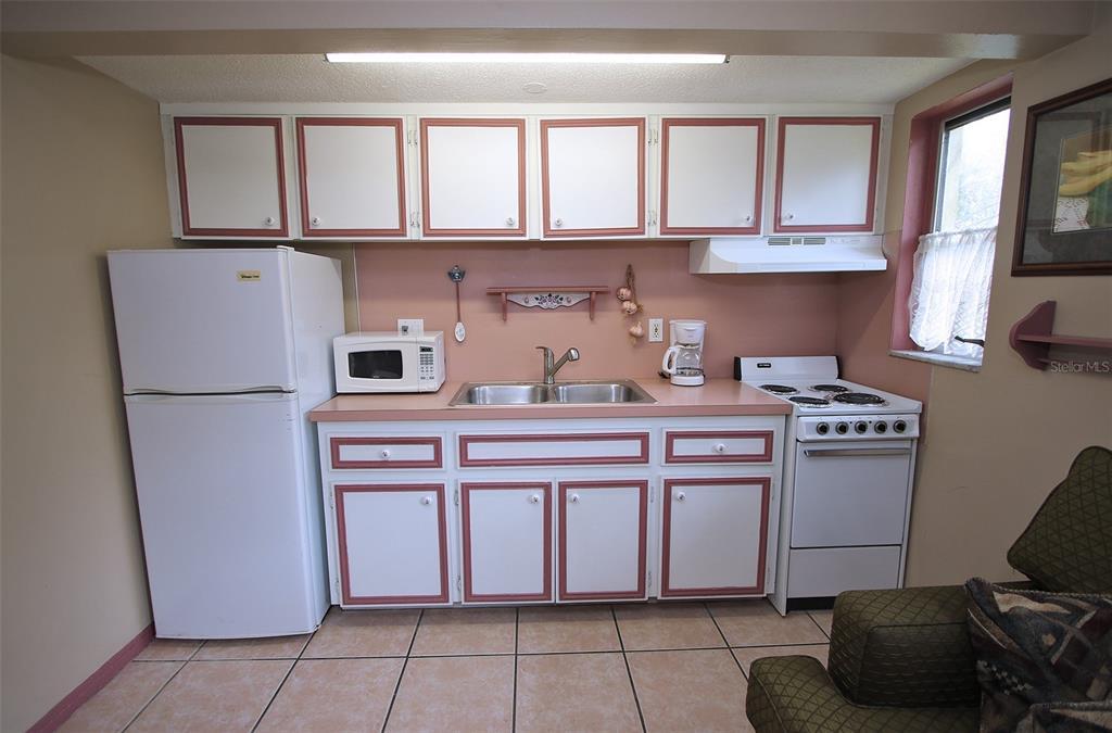 279 104th Avenue Property Photo 44