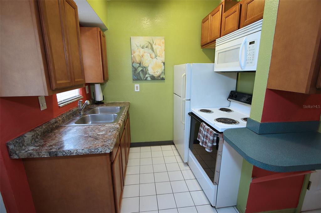 279 104th Avenue Property Photo 54