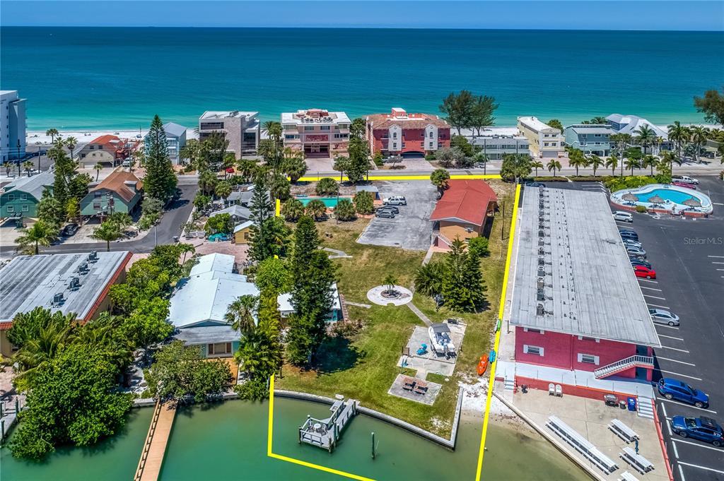 8541 W Gulf Boulevard Property Photo 1