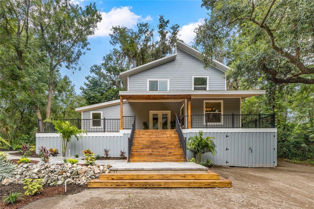 7217 Alafia Ridge Road Property Photo 1