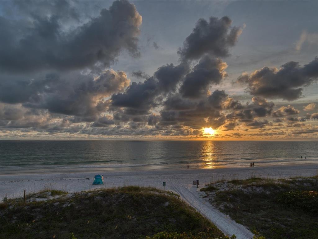 20256 Gulf Boulevard Property Photo 2