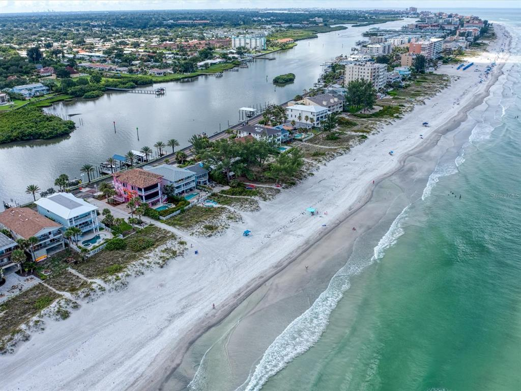 20256 Gulf Boulevard Property Photo 6