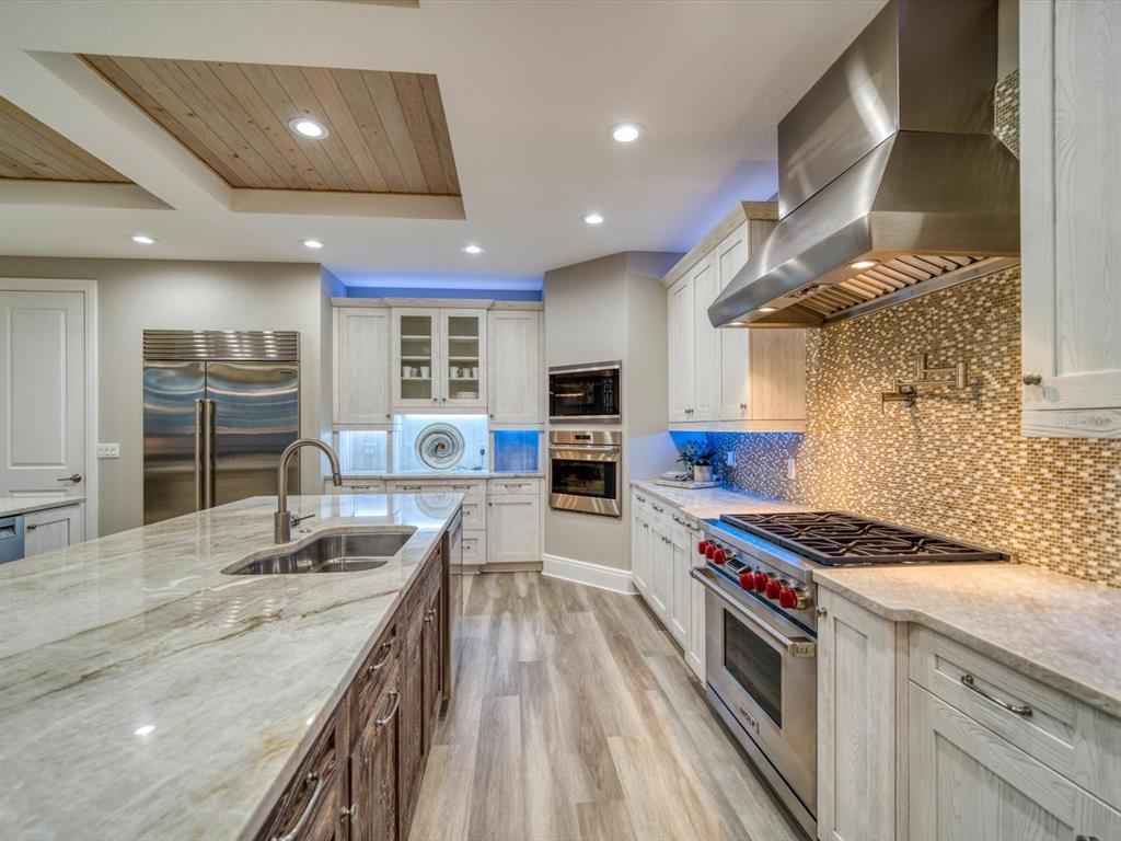 20256 Gulf Boulevard Property Photo 18
