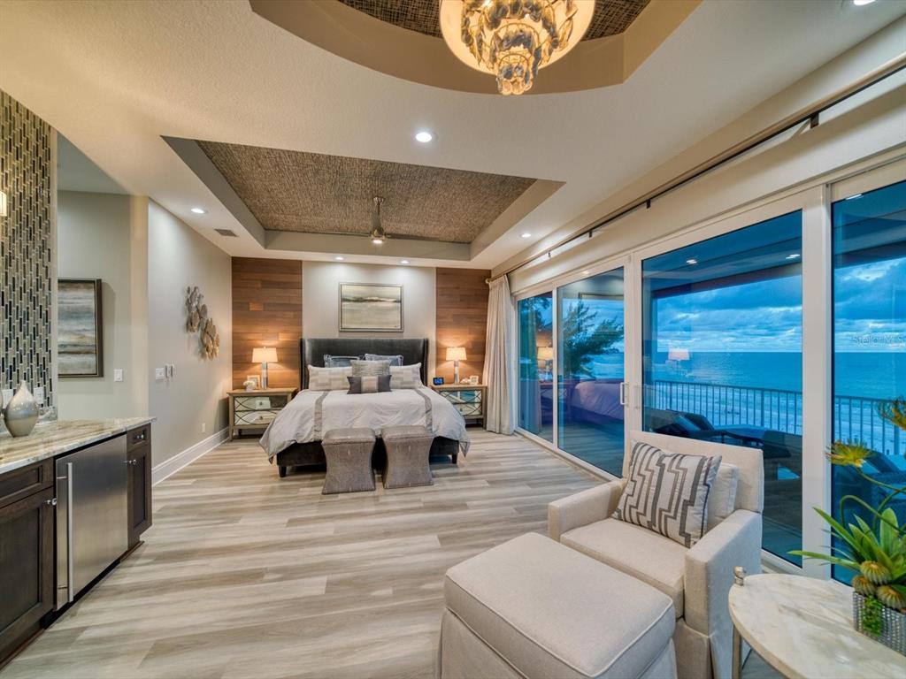 20256 Gulf Boulevard Property Photo 22