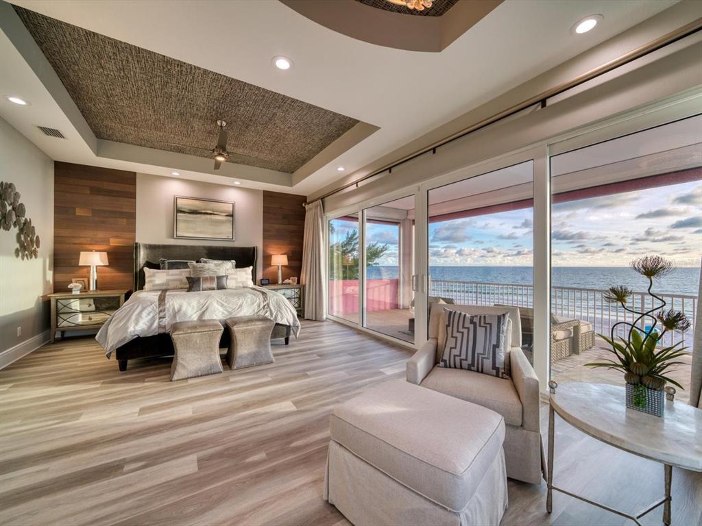20256 Gulf Boulevard Property Photo 23
