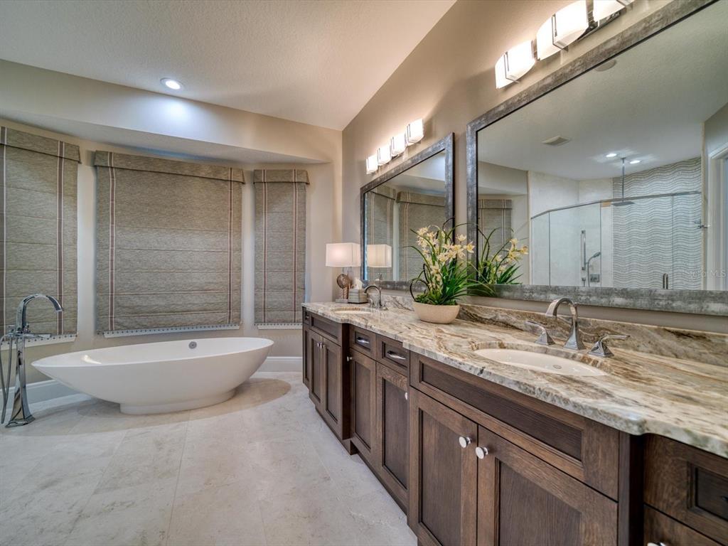 20256 Gulf Boulevard Property Photo 28