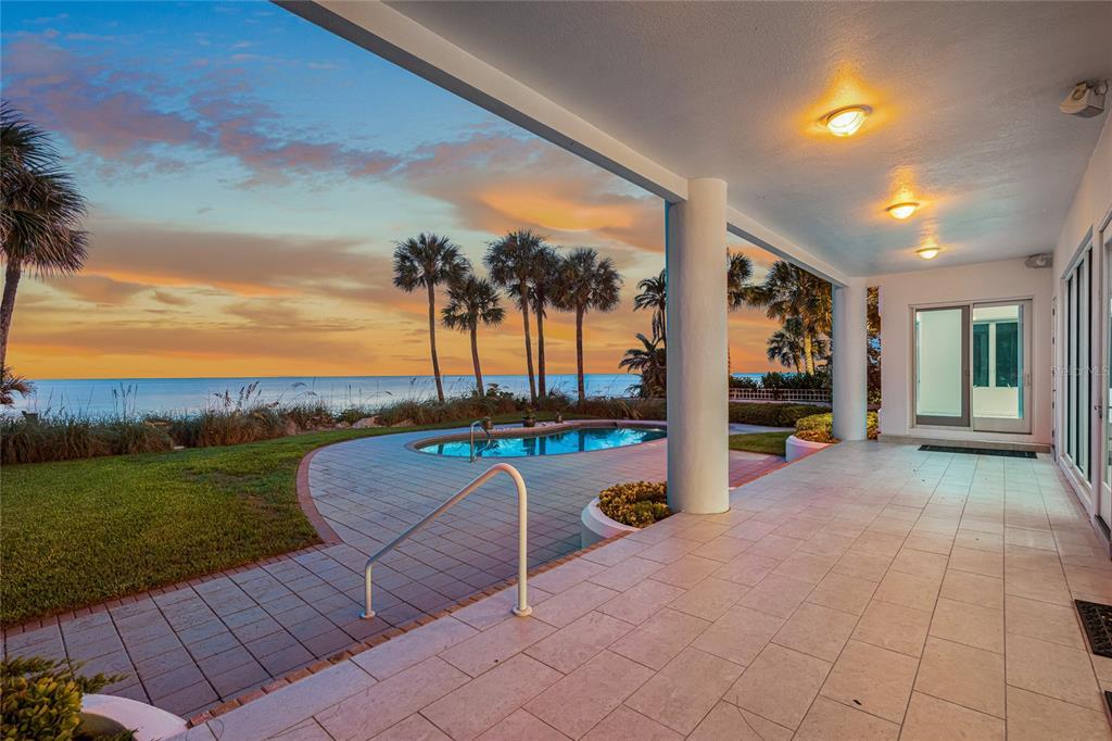 440 Gulf Boulevard Property Photo 4