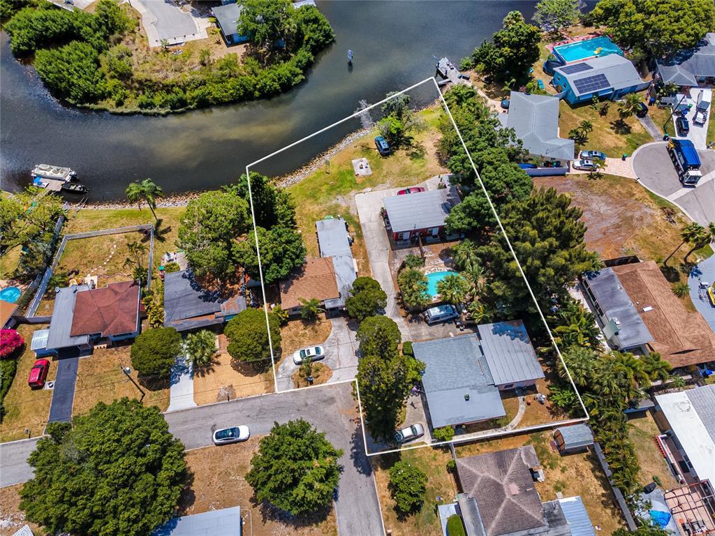 6690 10th Avenue Terrace S Property Photo 1