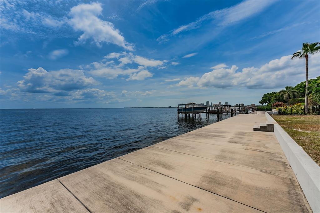 1721 Brightwaters Boulevard Property Photo 18