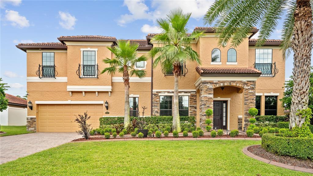 2807 Falconhill Drive Property Photo 1