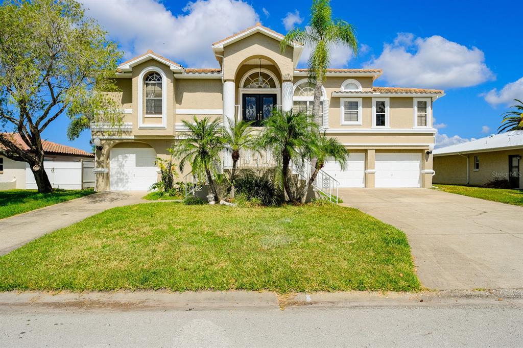 4941 Southshore Drive Property Photo 1