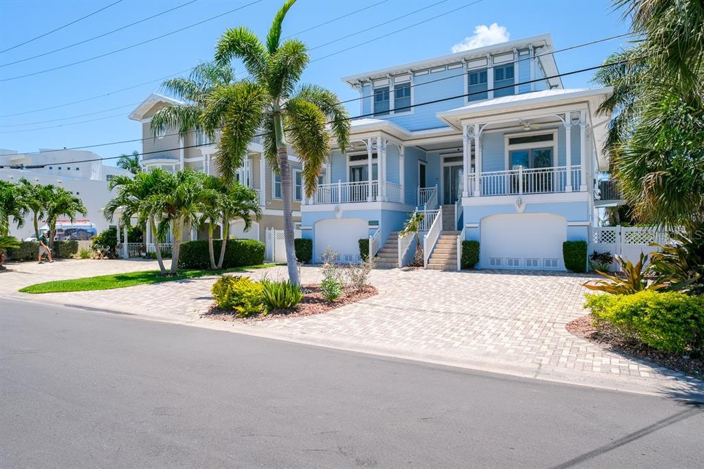 644 Boca Ciega Isle Drive Property Photo 1
