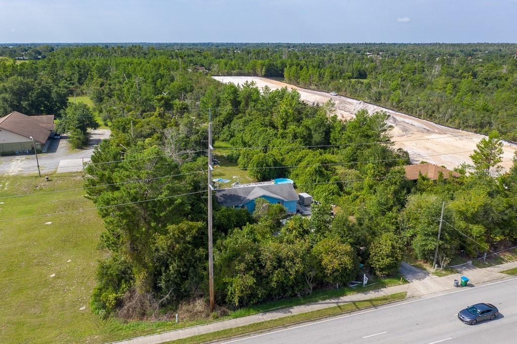 3021 Howland Boulevard Property Photo 1