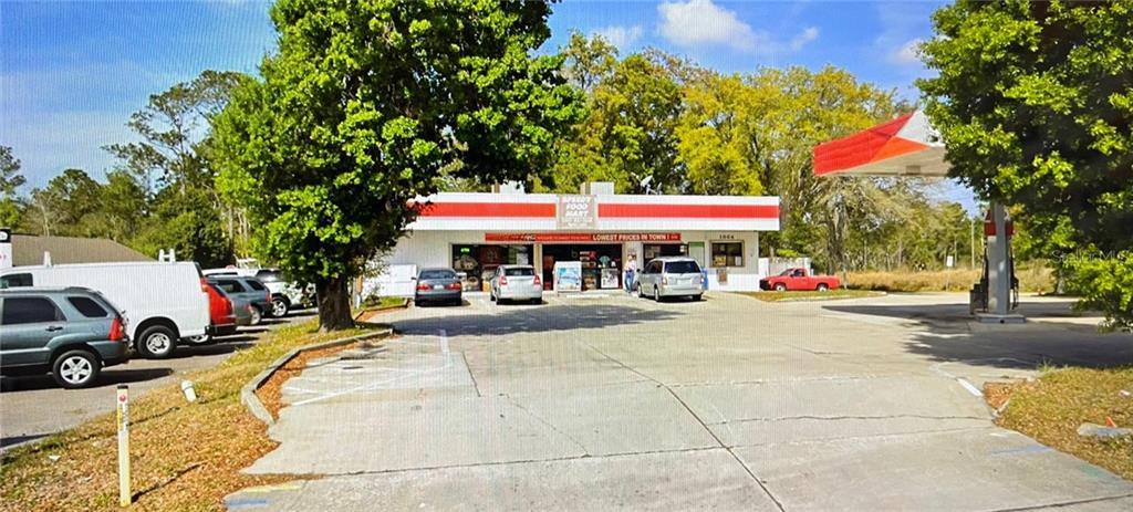 1064 N Us Highway 17 92 Property Photo