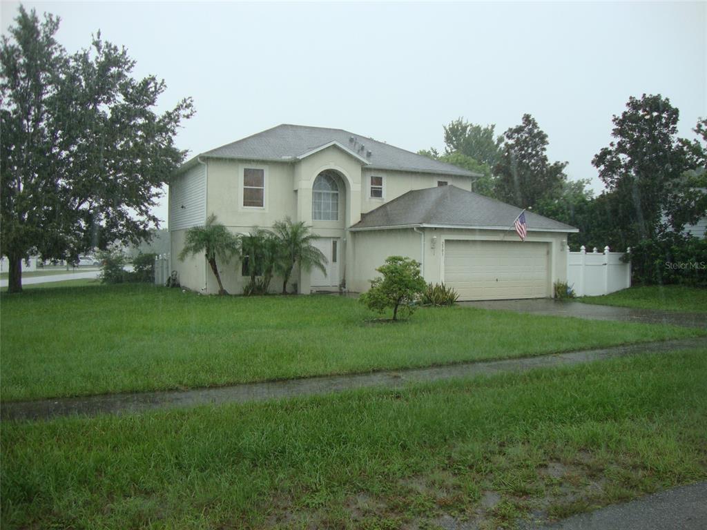 2503 E Tipton Drive Property Photo 1