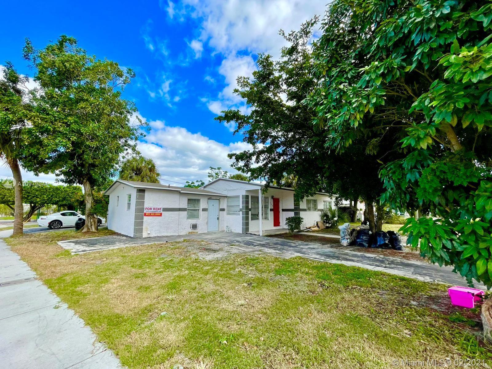 1160 W 26 Th Ct Property Photo