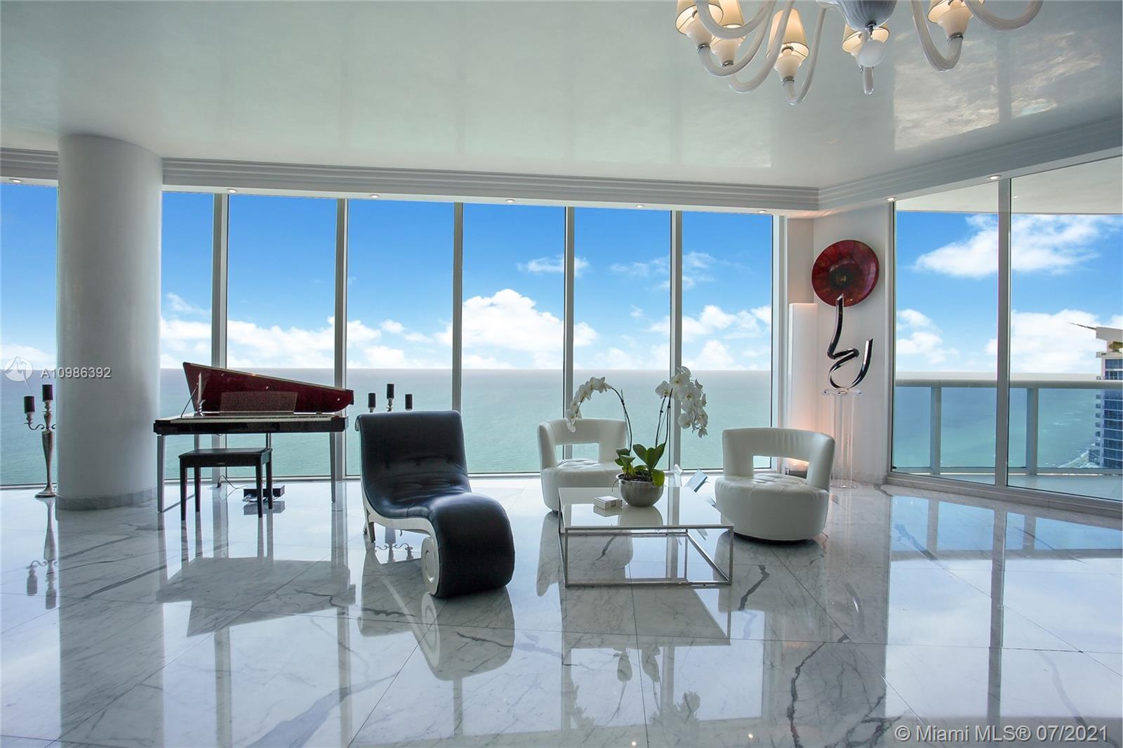 2711 S Ocean Dr 3905 Property Photo 1