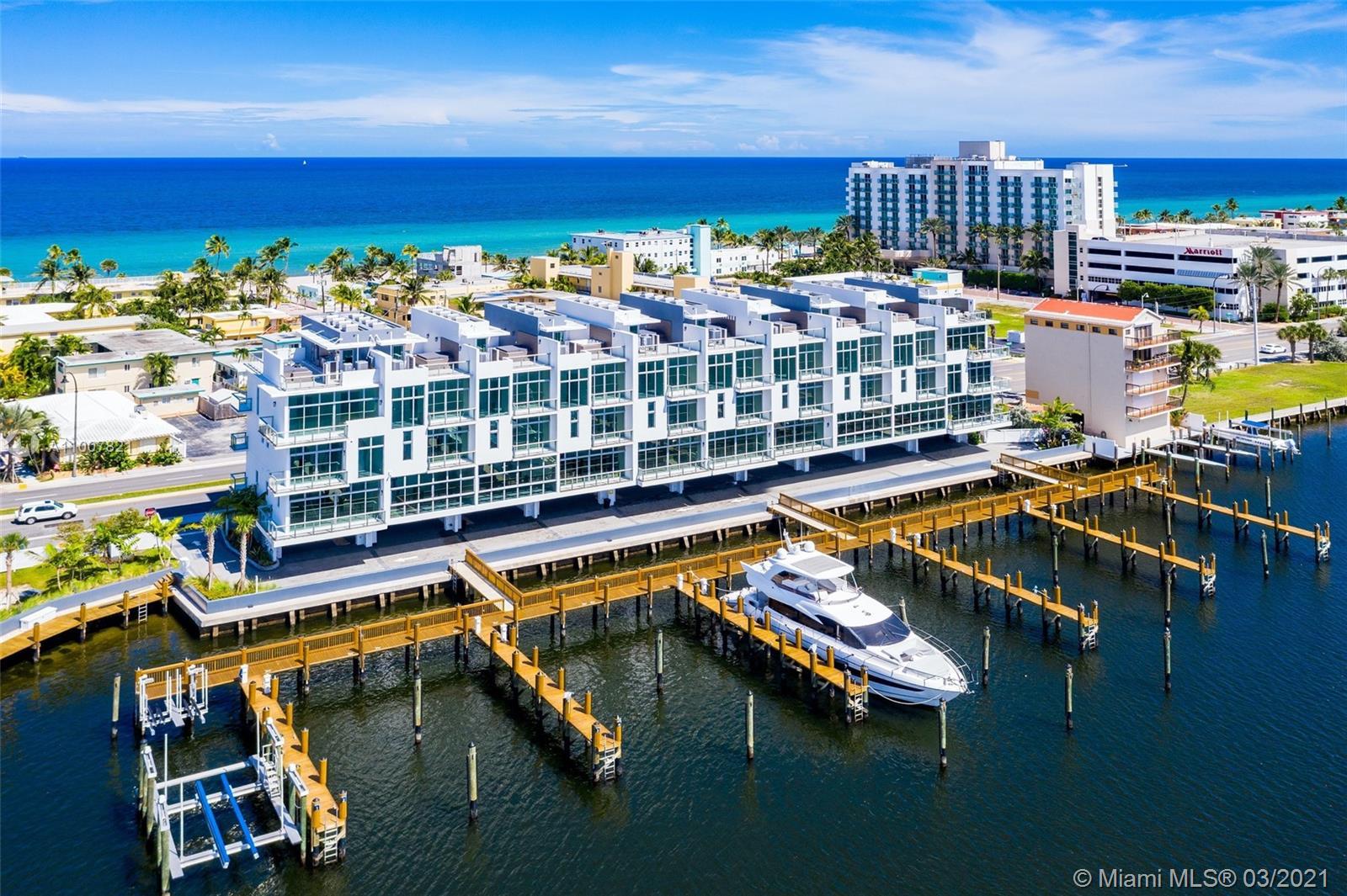 2800 N Ocean Dr Property Photo 1
