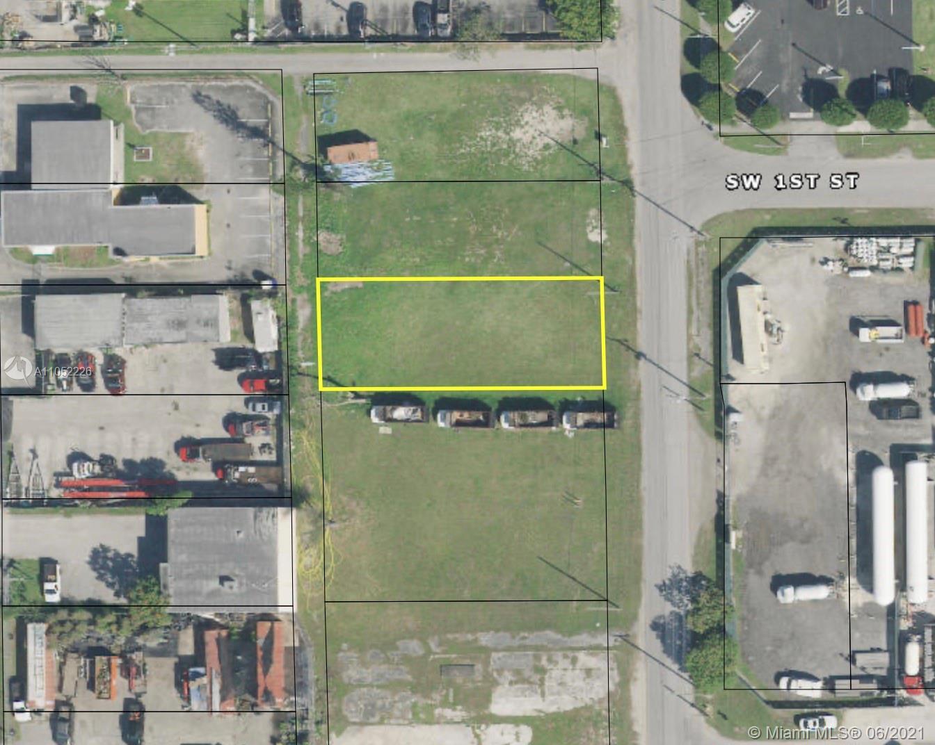 114 Sw 2nd Ave Property Photo 1