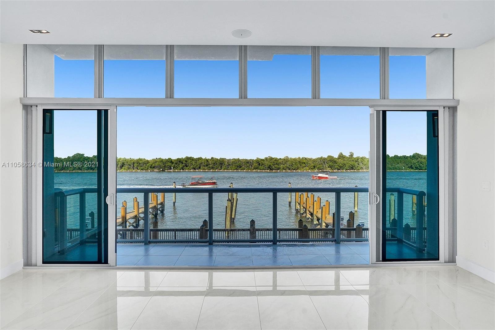 2860 N Ocean Dr Property Photo 1