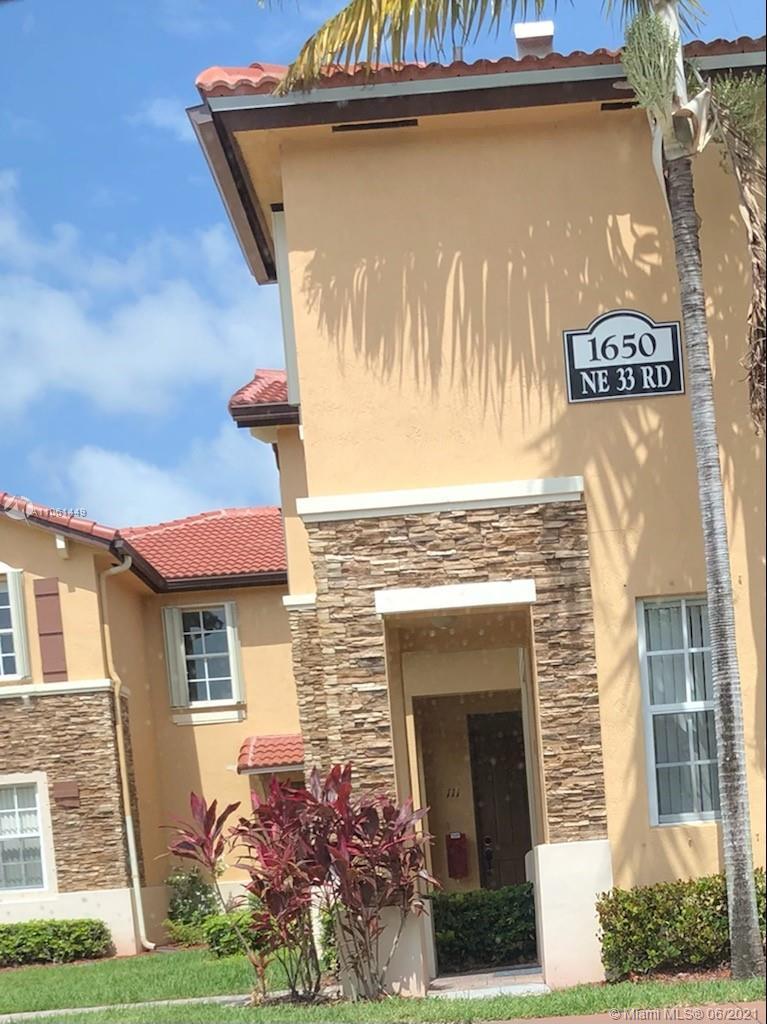 1650 Ne 33rd Rd 111-10 Property Photo 1
