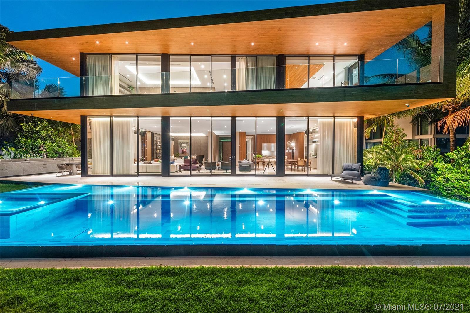 15 E San Marino Dr Property Photo 1