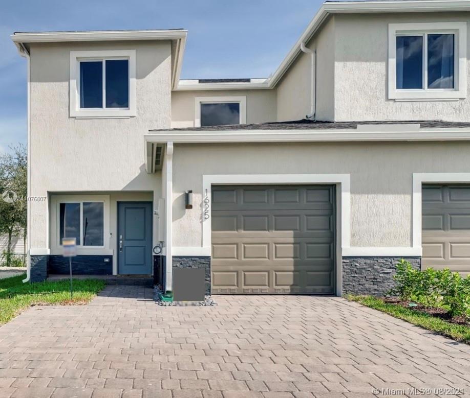 852 Se 19th St 0 Property Photo 1
