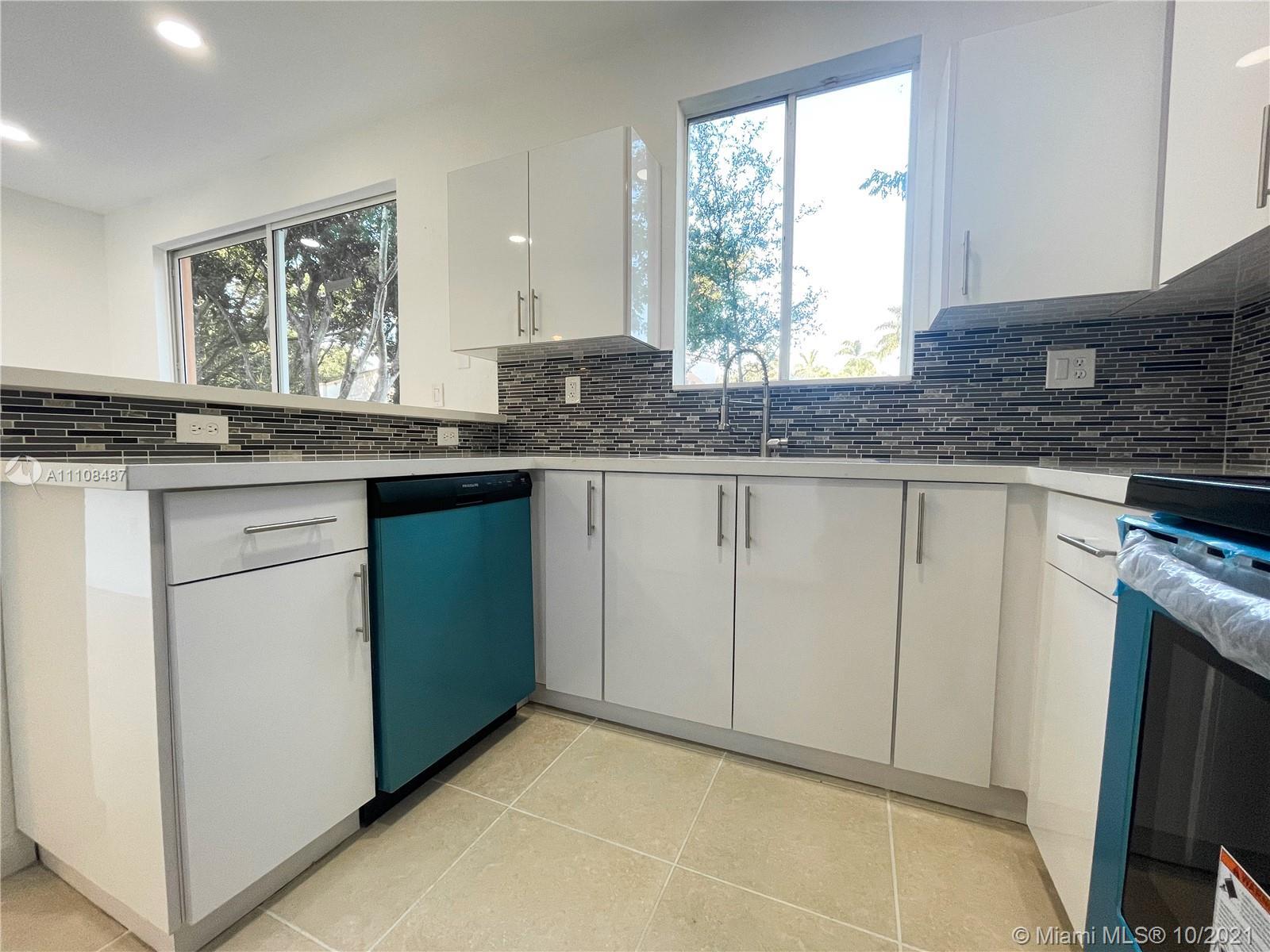 2430 Se 14th Ave 276 Property Photo 1