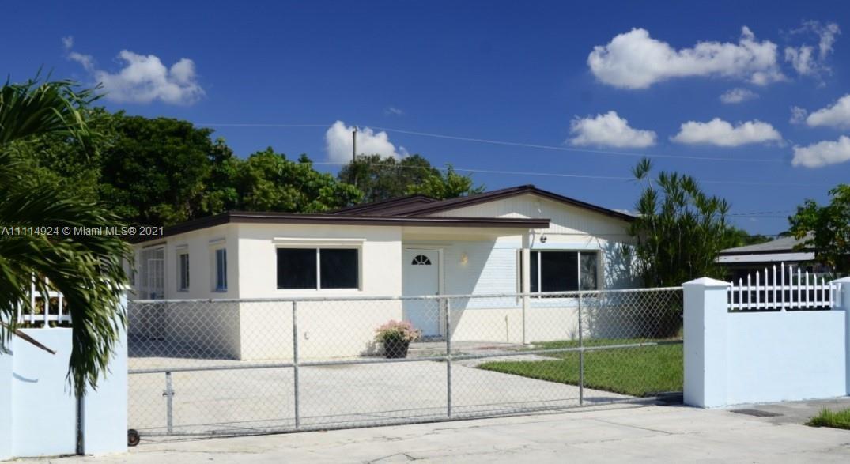 736 Nw 3 St Property Photo 1