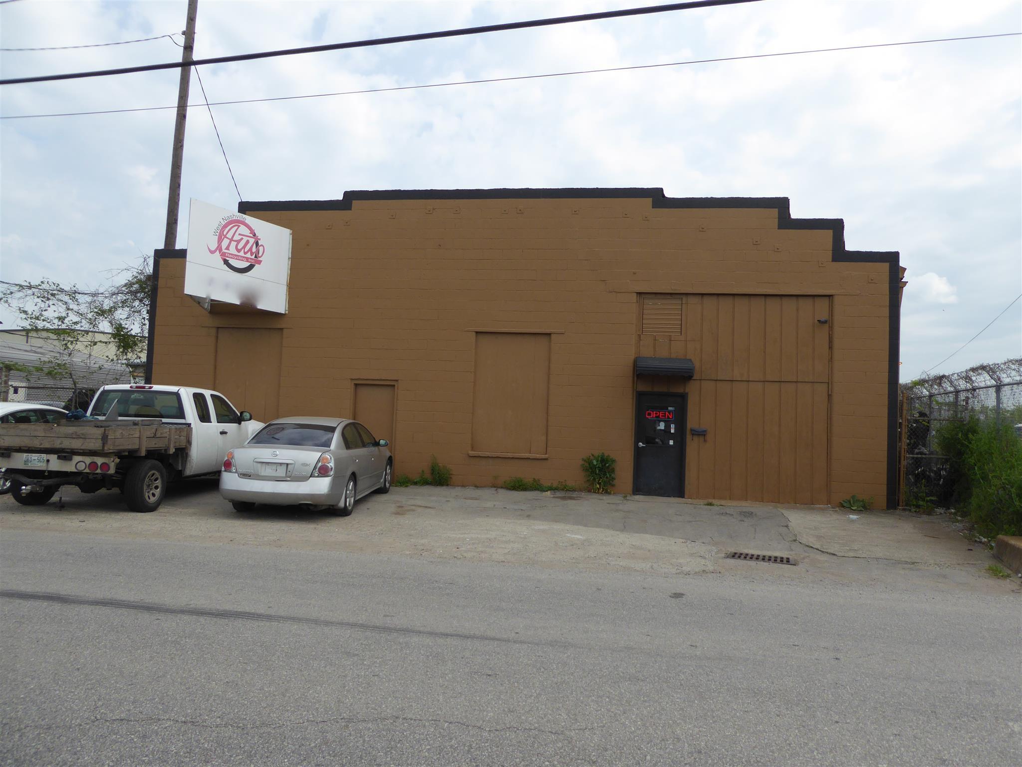 5604 Centennial Blvd Property Photo
