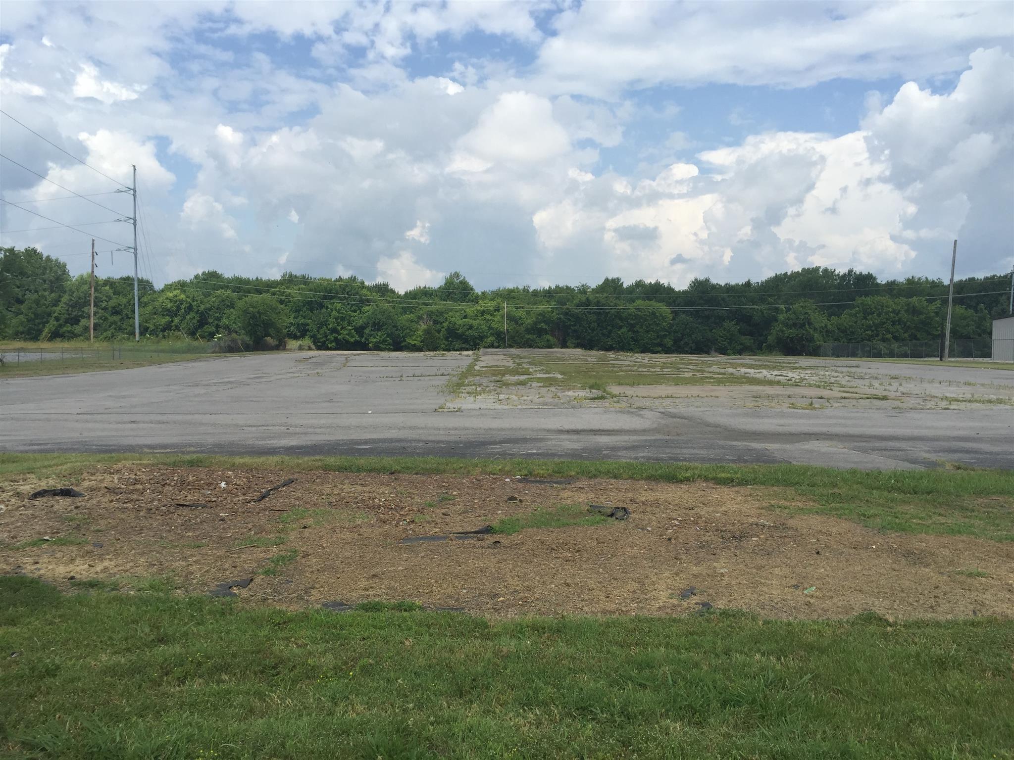 1024 Murfreesboro Rd Property Photo