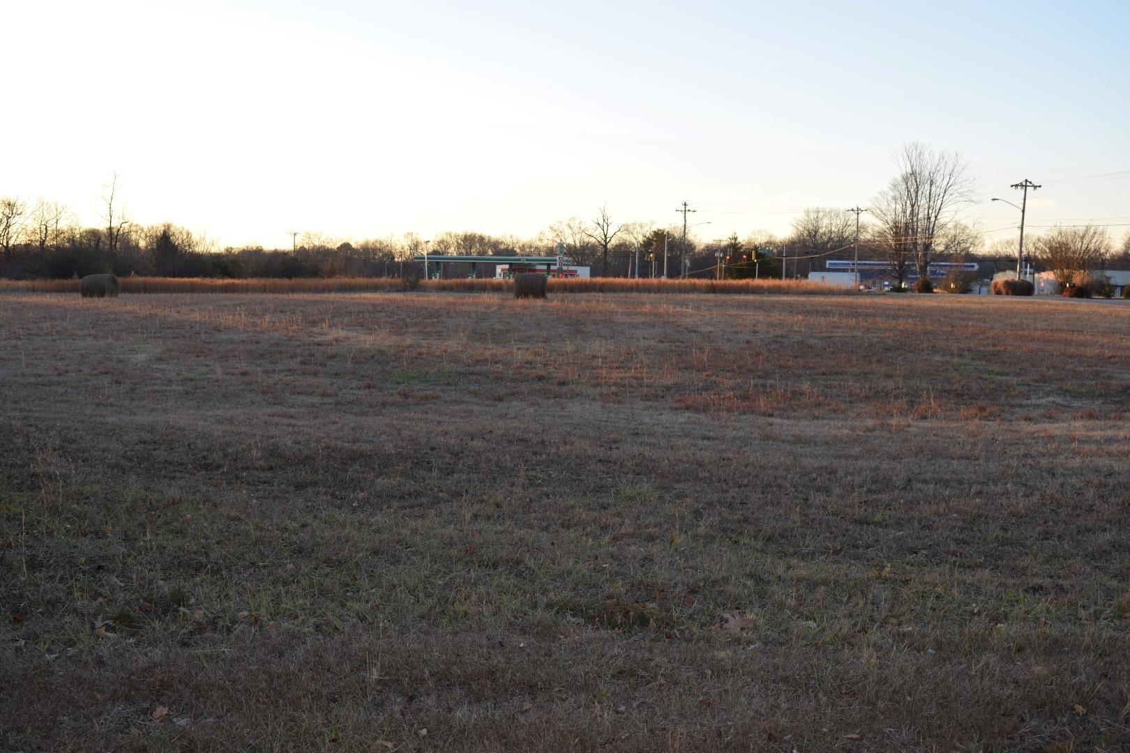 970 Oak Dr. Property Photo