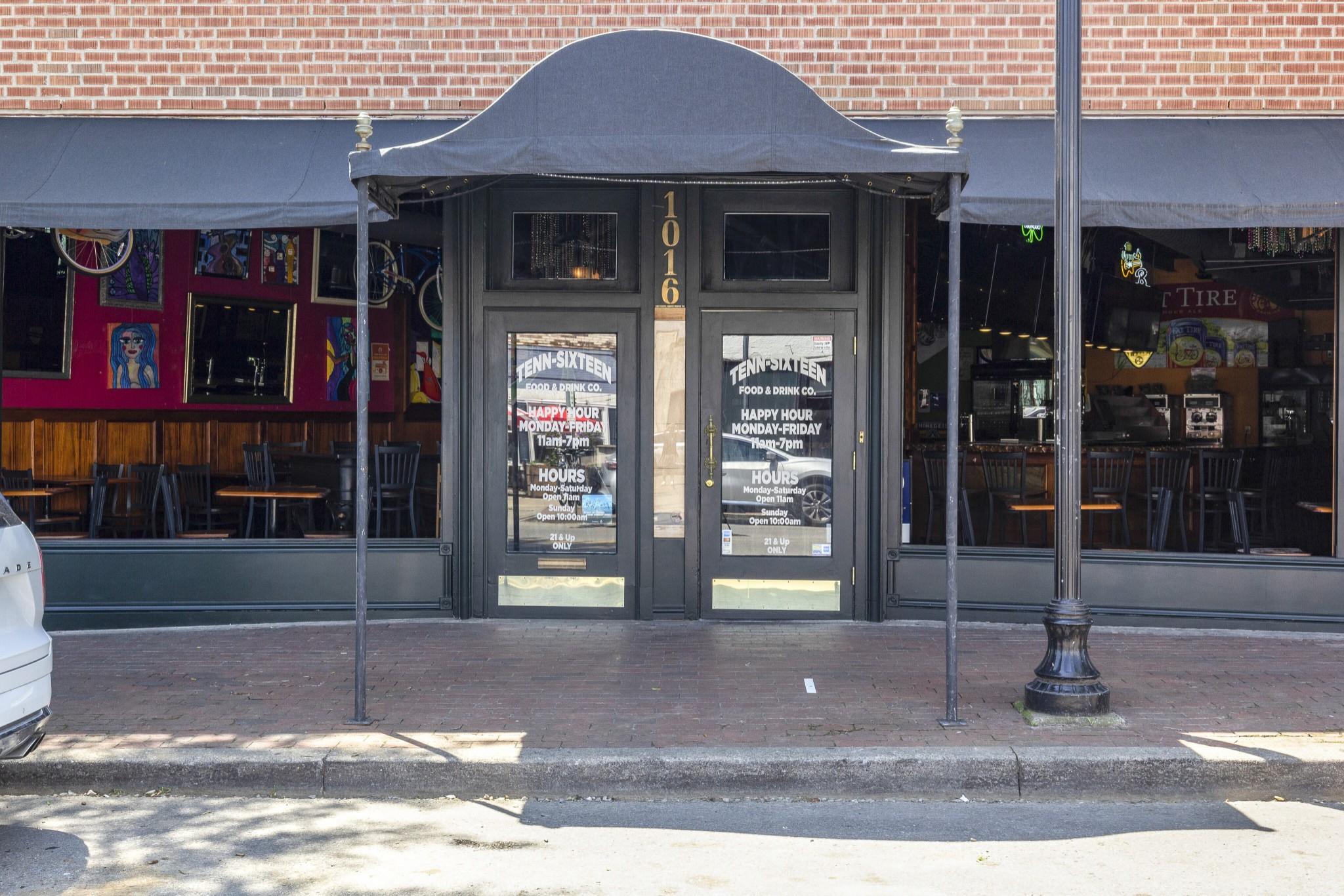 1016 Woodland St Property Photo