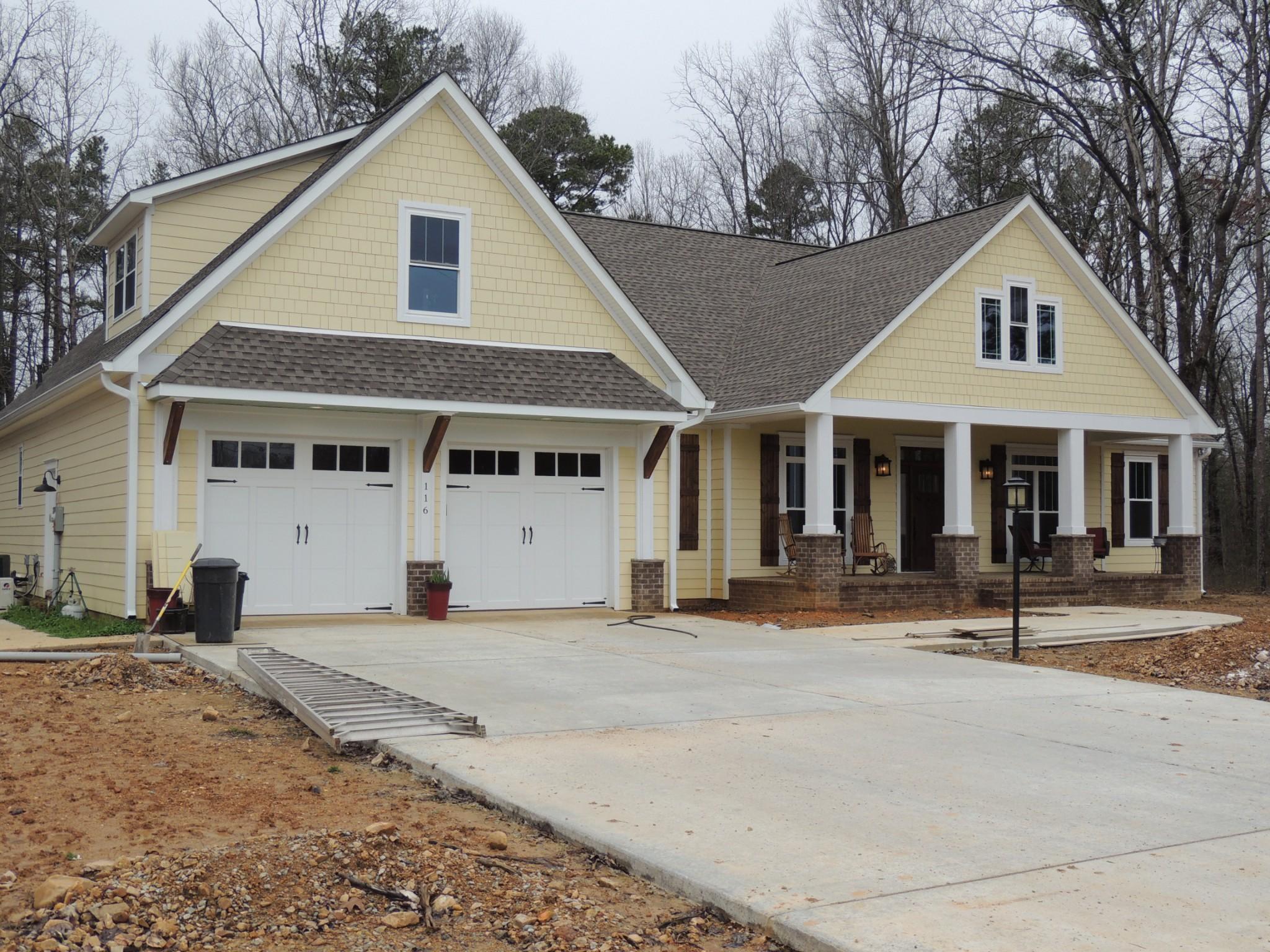38462 Real Estate Listings Main Image