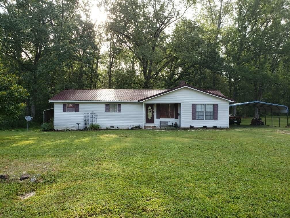 272 Smith Cir Property Photo