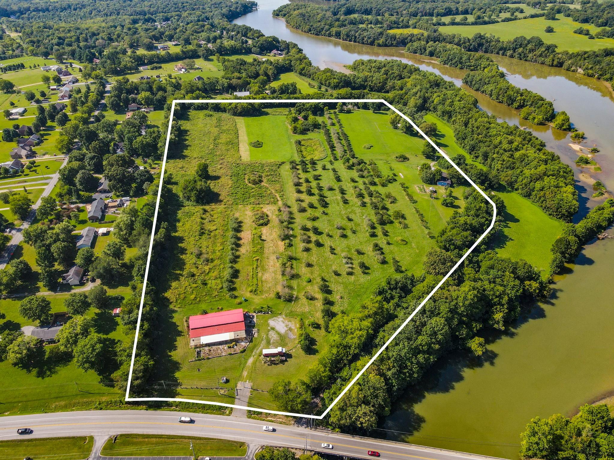 2406 Hartsville Pike Property Photo
