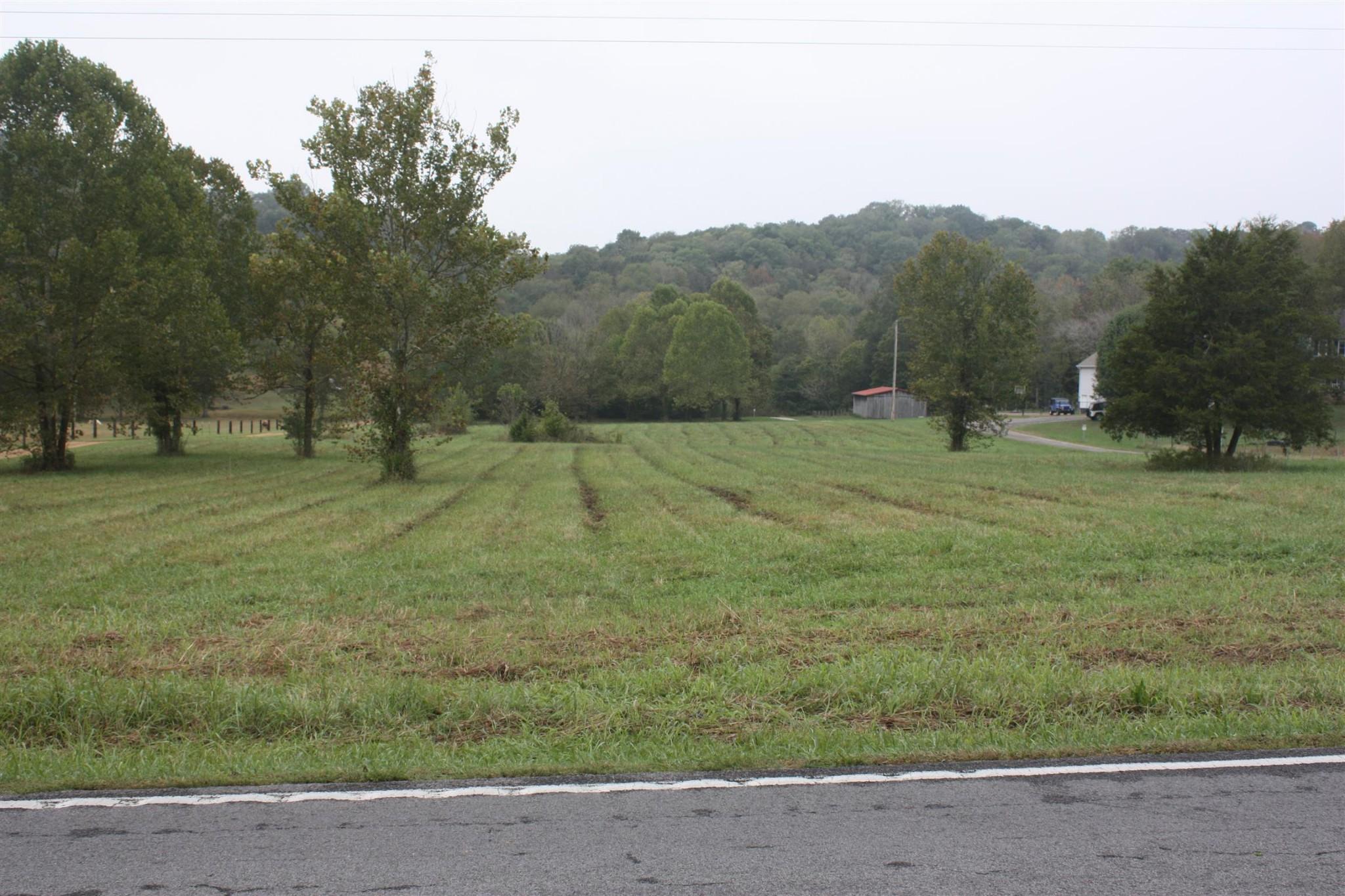 5679 Carters Creek Pike Property Photo