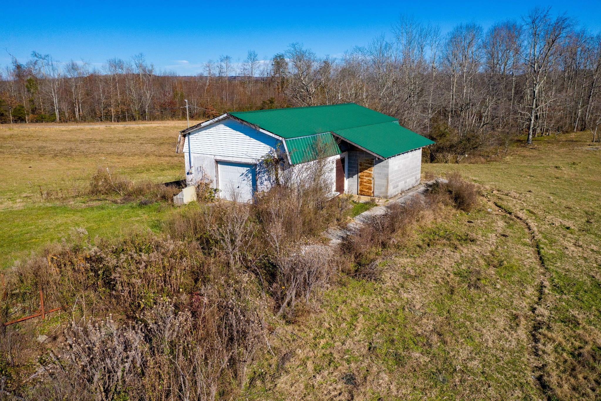 2137 Pigeon Springs Rd Property Photo