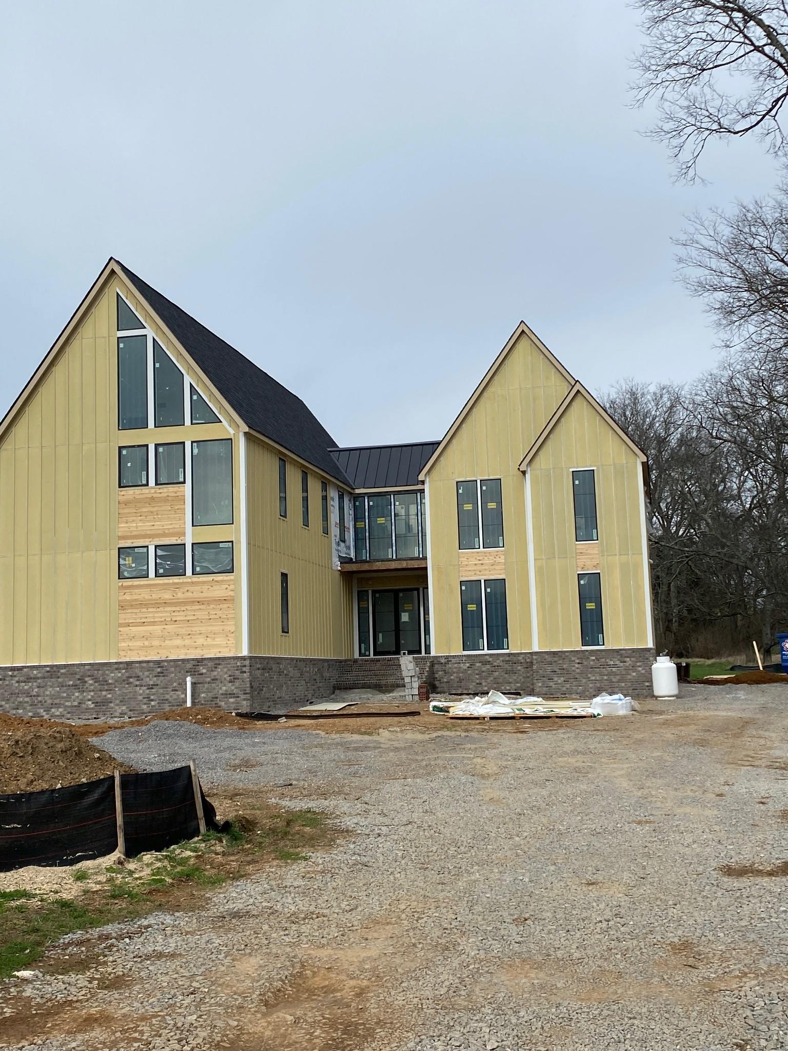 5136 Bond Mill Rd Property Photo