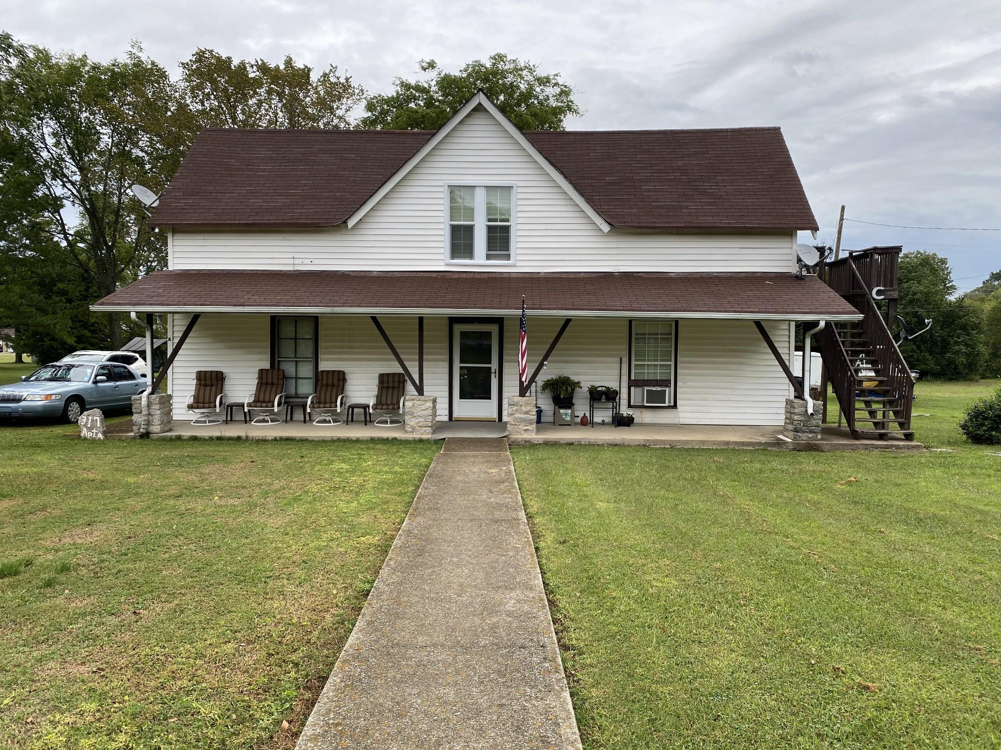 317 Old Nashville Hwy Property Photo